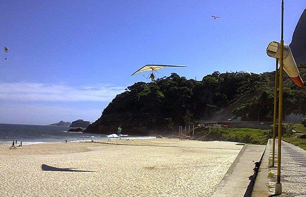 Praia-do-Pepino-em-São-Conrado.jpg