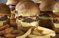 madruga house burger3.png
