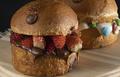 madruga house burger5.png