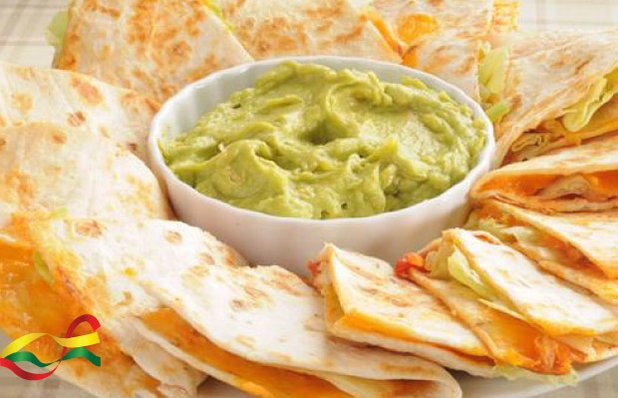 3879_1-fiesta-mexicana-nachos-burritos-guacamole.jpg