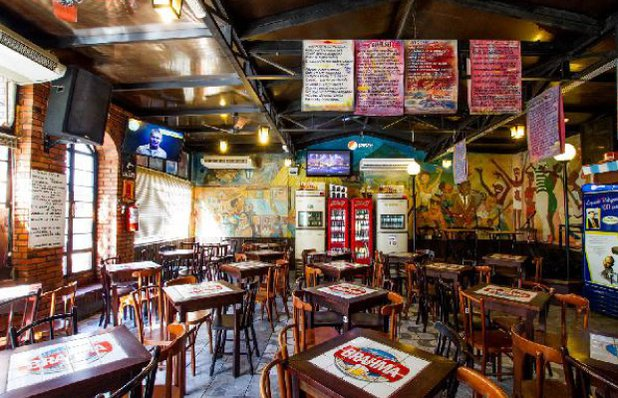 boteco dona neusa chopp bar interior