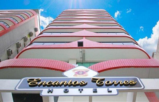 hotel-encantos-torres-fachada.jpg