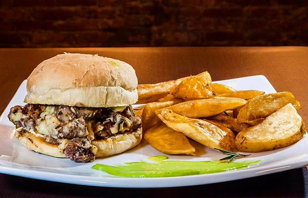 051-burger-batata-rustica-imagem2.jpg