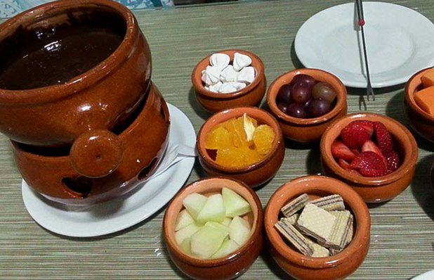 bercari-fondue-chocolate.jpg