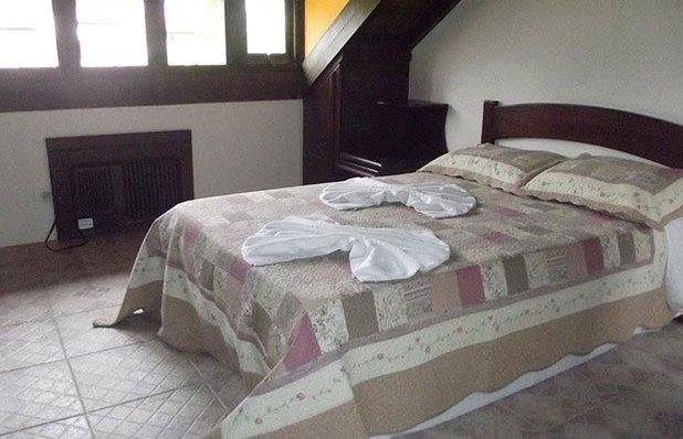 hotel-bella-torres-hospedagem-praia-quarto2.jpg