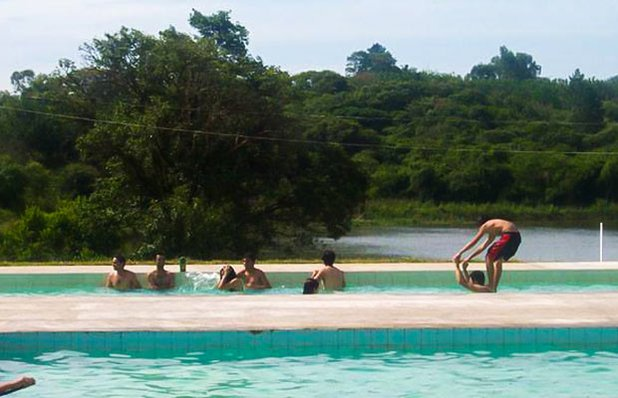 balneario-sitio-da-lagoa-day-use-camping-piscina.jpg
