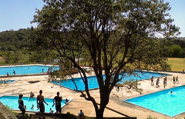 sitio-do-marquinhos-piscinas-gravatai.jpg