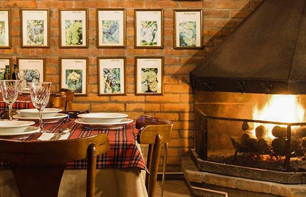 cantina-valduga-rodizio-galeto-restaurante-italiano-lareira.