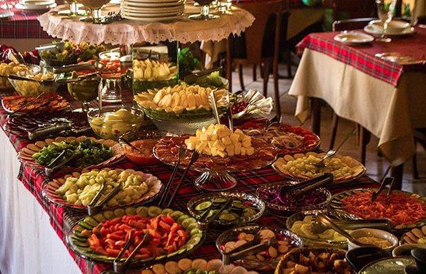 cantina-valduga-rodizio-galeto-restaurante-italiano-mesa.jpg