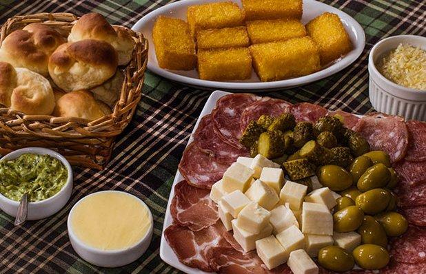 cantina-valduga-rodizio-galeto-restaurante-italiano-mesa2.jp