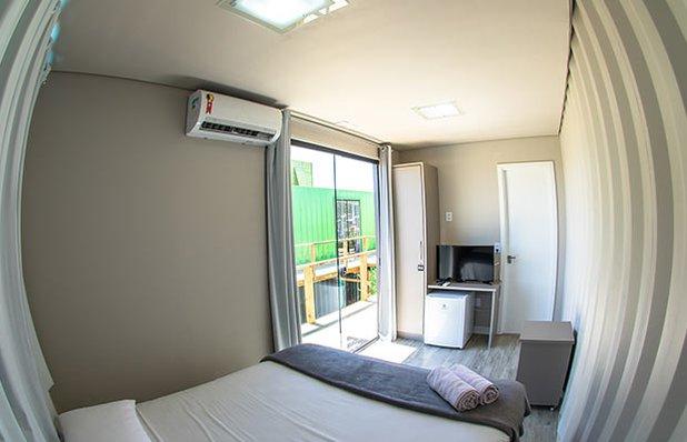 innbox-hotel-hostel-praia-do-rosa-quarto-casal2.jpg