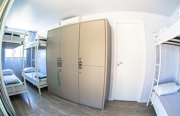 innbox-hotel-hostel-praia-do-rosa-quarto-6-pessoas.jpg