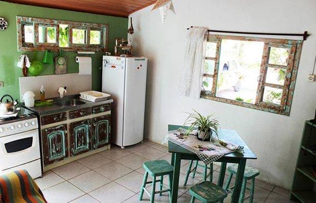 pousada-verde-sul-praia-do-rosa-cozinha.jpg