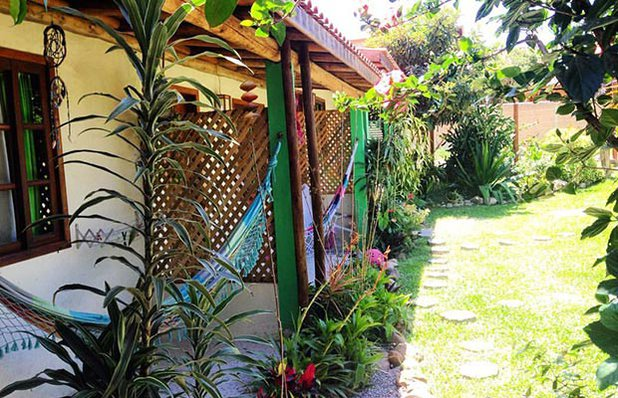 pousada-verde-sul-praia-do-rosa-varanda.jpg