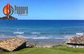 peppers-bed-food-praia-do-rosa-block.jpg