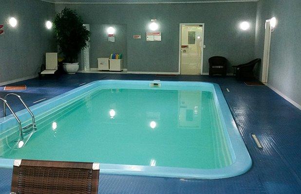 hotel-galo-vermelho-piscina.jpg