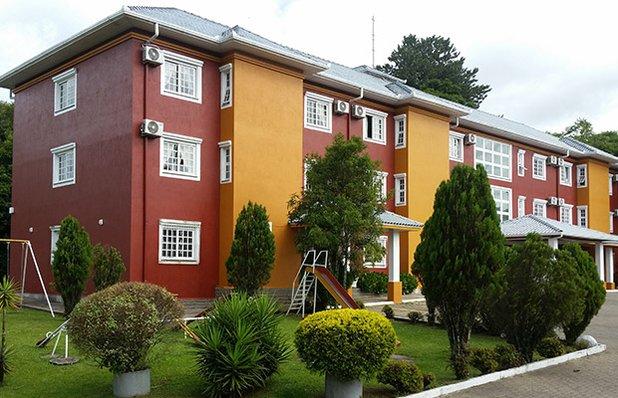 hotel-galo-vermelho-fachada.jpg