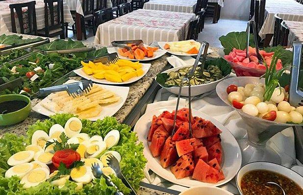 restaurante-rota-romantica-buffet-churrasco-saladas3.jpg