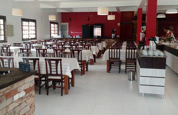 restaurante-rota-romantica-buffet-churrasco-ambiente2.jpg