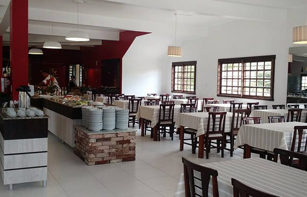 restaurante-rota-romantica-buffet-churrasco-ambiente.jpg
