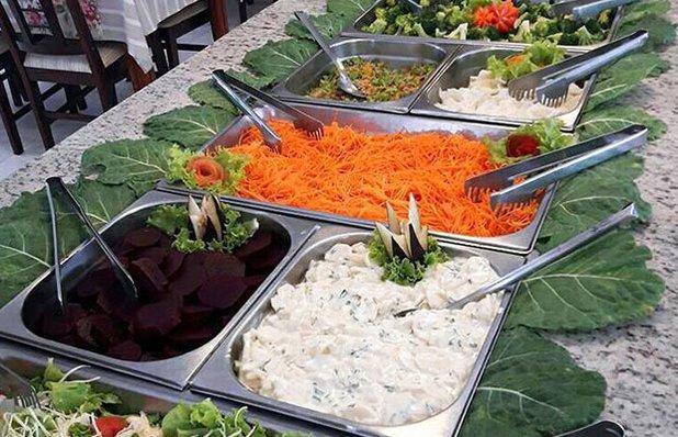restaurante-rota-romantica-buffet-churrasco-saladas2.jpg