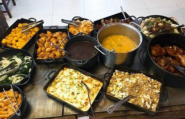 restaurante-rota-romantica-buffet-churrasco-pratos.jpg