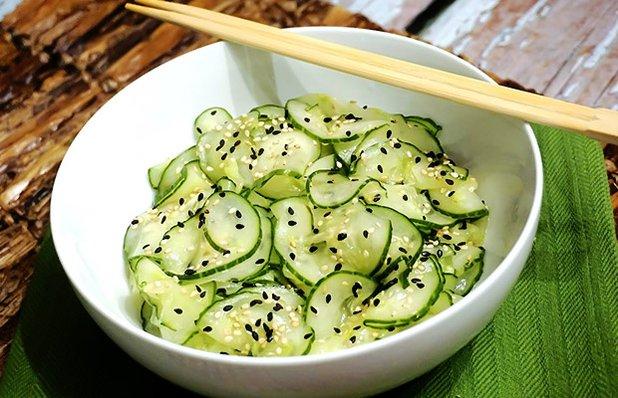 jinmu-sushi-sunomono.jpg